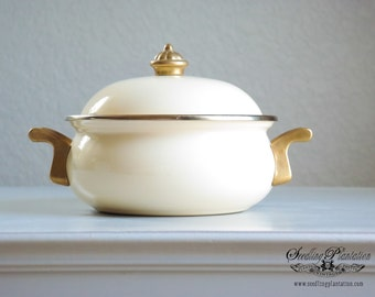 Vintage Enamel Pan-Pot, Baking Pan, Casserole Dish, Enamelware, Creamware, Gold, French Country, Farmhouse