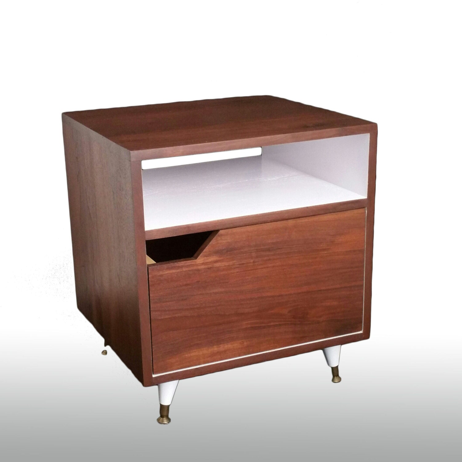 Walnut Mid Century Nightstand With Drawer