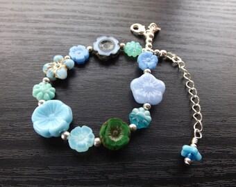 Blue Bits and Bobs Czech Glass Flower Bracelet