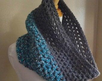 Chunky Crochet scarf, gray blue scarf, chunky, neckwarmer, chunky scarf, Crochet cowl, Crochet scarf, Circle scarf, infinity scarf,