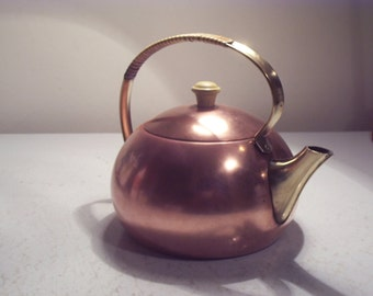 teapot vintage red copper