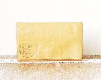 Vintage Leather Clutch, 70s Beige Leather Handbag, Old Vintage Woman Purse, Wallet, Checkbook Holder