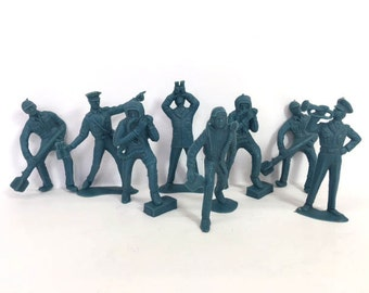 Toy Soldiers Air Force Soldiers 8 Military Soldiers Play Set Rubber Figures