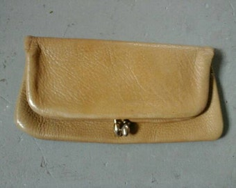 Vintage leather clutch with zipper pocket