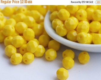 SALE -10% 30pcs 6mm Lemon Yellow Czech Fire Polished Glass Beads 6mm Polish Faceted Bright Yellow