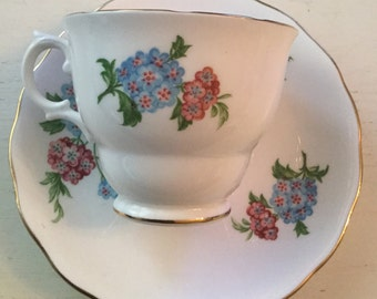 Pretty vintage Royal Vale blue and pink hydrangea cup and saucer