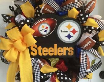 Pittsburgh Steeler wreath / NFL wreath / Steeler decor / Steeler Nation