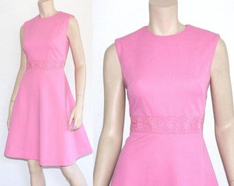 60s barbie pink lace crochet scooter dress - medium or large
