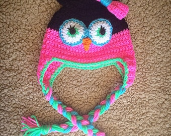 Owl hat with bow and braids