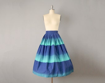 50s Skirt // 1950's Aqua and Navy Ombré Pleated Circle Skirt // Size: Small