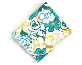 Baby Blanket / Floral Print / Receiving Blanket / Newborn Blanket / Flannel Blanket / Snuggle Blanket / Lovey Blanket / Infant Swaddle