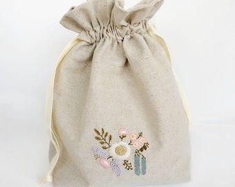 Gift for Mom, Knitting Bag, Embroidered Bridesmaid Gift, Makeup Pouch, Mother of the Bride Gift, Ready to Ship