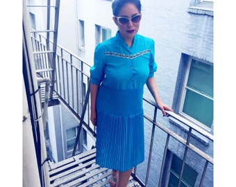 Vintage 1960's Turquoise Pleated Dress