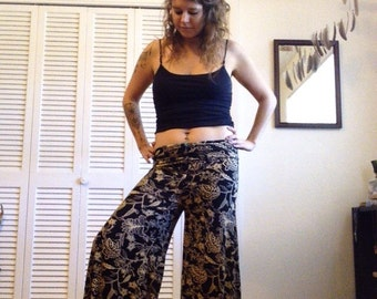 Black Ivy Bell Pants