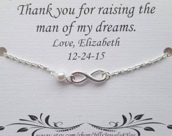 Mother of the groom gift, gift to mom from bride, mother in law gift, wedding gift for mom, infinity  pearl bracelet, mother in law gift