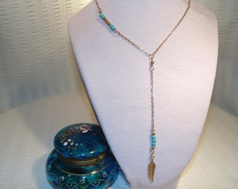 Boho Style Vintage Necklace With Gold Tone Feather Pendant - Turquoise Colored Beads And Gold Tone Chain - FREE SHIPPING.