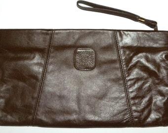 1970s 70s Leather CLUTCH / Bag / Purse / Brown / Classic / Disco / Purse