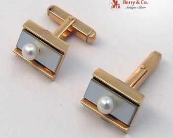 Vintage Cufflinks 18K Yellow Gold Pearl and Mother of Pearl