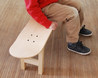 Skateboard stool Unfinished wooden - Decorate It Yourself - natural wood - Skateboarder Gift Room Decoration