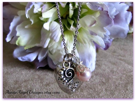 Paw Prints in Heart Cremation Urn Necklace, Paw Prints Urn, Loss of Pet Cremation Urn, Pet Ashes Holder, Death of Pet Jewelry Urn