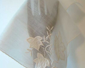 Vintage white floral embroidered handkerchief, white wedding hankie, vintage white cotton hankie