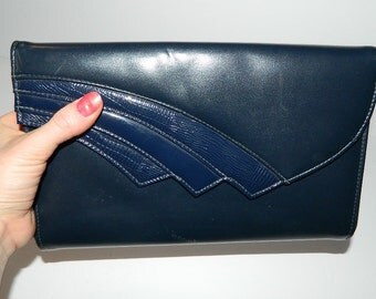 Retro 1970s Navy Blue Shoulder Bag