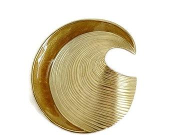 ON SALE! Trifari Swirl Brooch, Vintage Gold Tone & Enamel Wave Pin