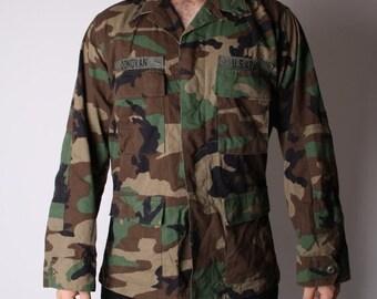 ON SALE Ending 2/12 Vintage 90s Military Army Camoflauge US Army Soldier Grunge Jacket