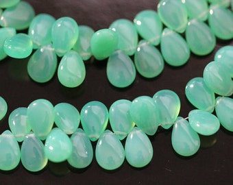 Chrysoprase Green Chalcedony Smooth Pear Briolettes, 9 - 10 mm, Half Strand, 28 beads GM0705SP/10 #344