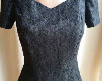 Pretty black lace short sleeved fitted blouse with boning by Ricki Renee Sydney size 10 made in Australia