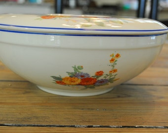 Vintage 1930's Covered Casserole, Universal Cambridge. Cream color with blue trim and blue, orange & gold Zinnias. Made in USA. Union Labor