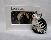 B Kliban Cat Picture Frame Love A Cat Sigma Tastesetter Japan Vintage Pop Culture Icon 3D Ceramic Picture Frame Black & White Kitty Figurine