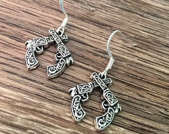 Crossed Guns Earrings Double Gun Earrings Revolver Country Earrings Cowgirl Pistol Earrings Gun Pistol Crossed Double Pistol Western Cowboy