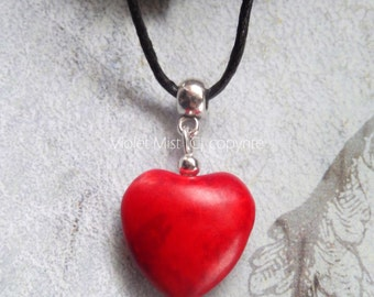 Red Howlite Gemstone Heart Black Adjustable Cord Pendant/Necklace Beach/Boho UK Seller