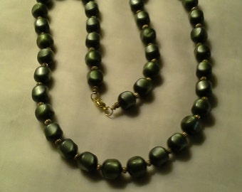 1980's Dk Olive Beaded Necklace
