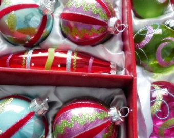 16 Count Colorful Christmas Tree Decorations