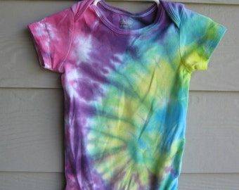Tie Dyed Bodysuit by Carters, 18 mth for either boy or girl, rainbow spiral color-infant bodysuit, crawler or creeper - unisex kids top