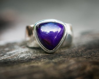 Sugilite Ring 7 - Sugilite and Sterling Silver ring - Suglite Jewelry - Sugilite ring - Ring Size 7 - Sterling Silver Sugilite Ring