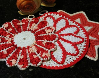 Very Vintage Red and White Hand Crochet Pot Holder with Trivet Pair -Linen-Cottage-Wedding-Kitchen