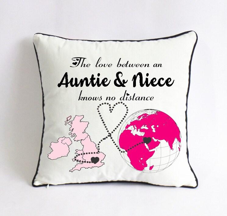 Cute Long Distance Pillow Cases : long distance auntie niece pillow case-UK world map