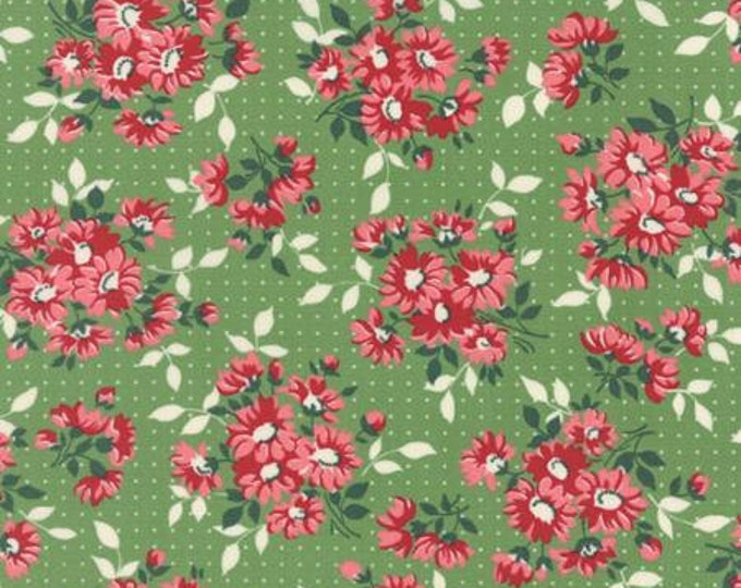 Bread n Butter Dotted Daisy Light Green - 1/2yd