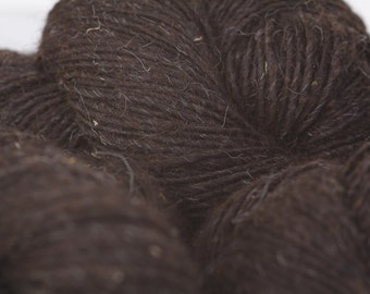 BLANKET WEIGHT Navajo Churro yarns are back!  5 natural colors sold in individual 4 oz skeins/188yds