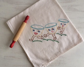 Old Fashioned Embroidered Tea Towel