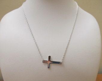 Sterling Silver 925 Sideways Cross Necklace Item W # 28