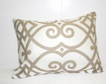 Decorative Jaclyn Smith Gatework Rot Cashew Geometric Design Pillow Cover Throw Pillow