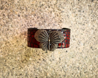 Handmade leathet bracelet