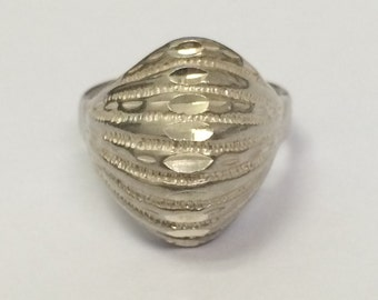 VINTAGE Sterling Silver Dome Ring Size 7.75