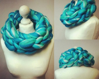 Infinity Scarf / Knitted Merino Cowl / Turquoise Wrap / Free Shipping Worldwide!