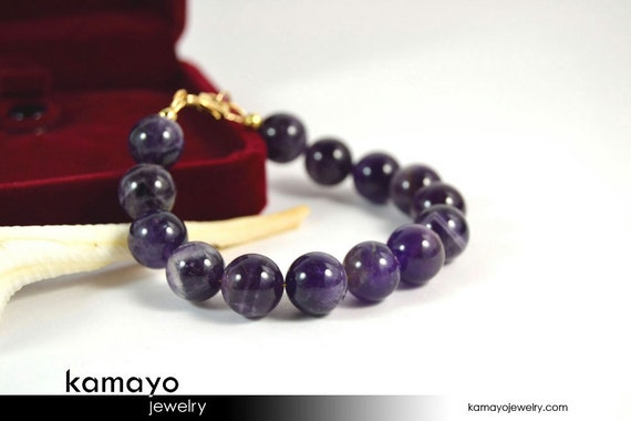 CHEVRON AMETHYST BRACELET - Large Round Natural Banded Amethyst Beads - 8 Inches