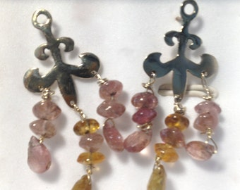 14 carat gold earring in combination Tourmalines